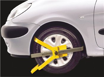 Streetwize Cross Face Wheel Clamp 1